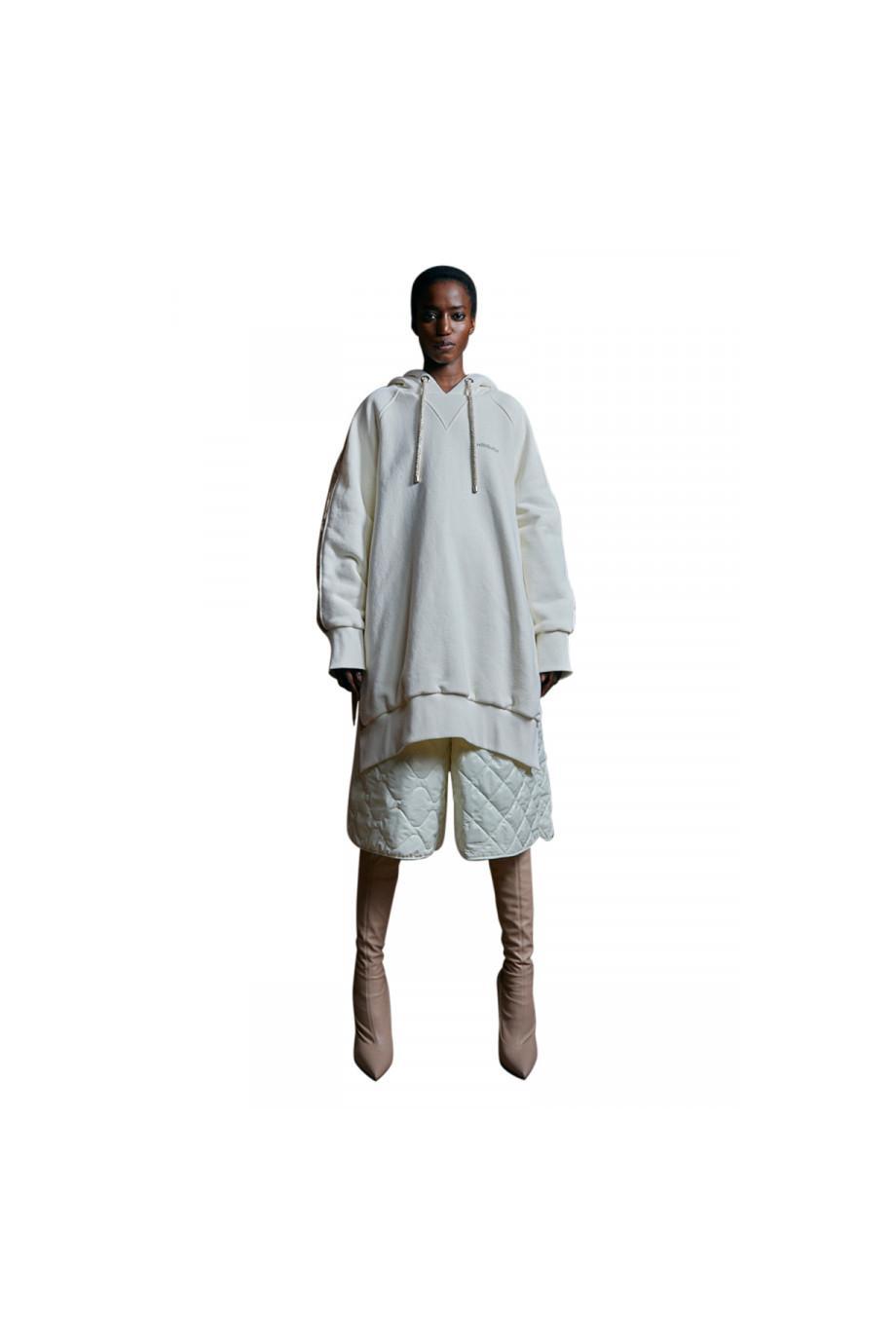 Oversized puffer hooded jacket